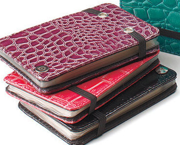 Snakeskin Credit Card Wallets Fuchsia