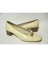 SALVATORE FERRAGAMO Shoes Pumps Size 10.5 B Womens Leather Ivory - $24.00
