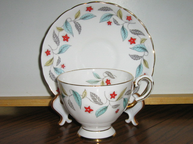 Vintage Tuscan English Bone China Cup   Saucer   1947