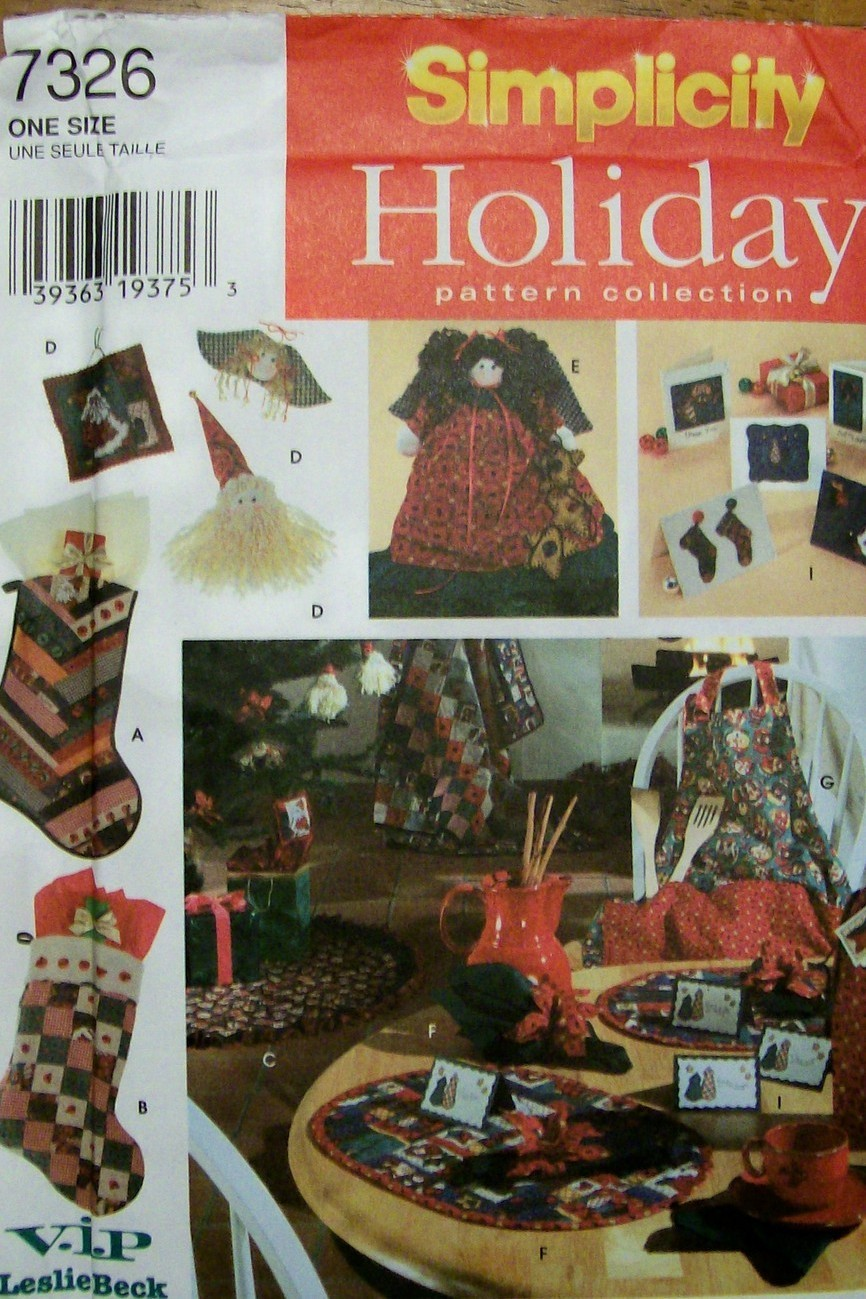 Simplicity Holiday Pattern Collection 7326