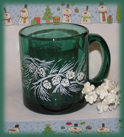 Green Christmas Cup Mug Winter Season Pine Cones Gift New