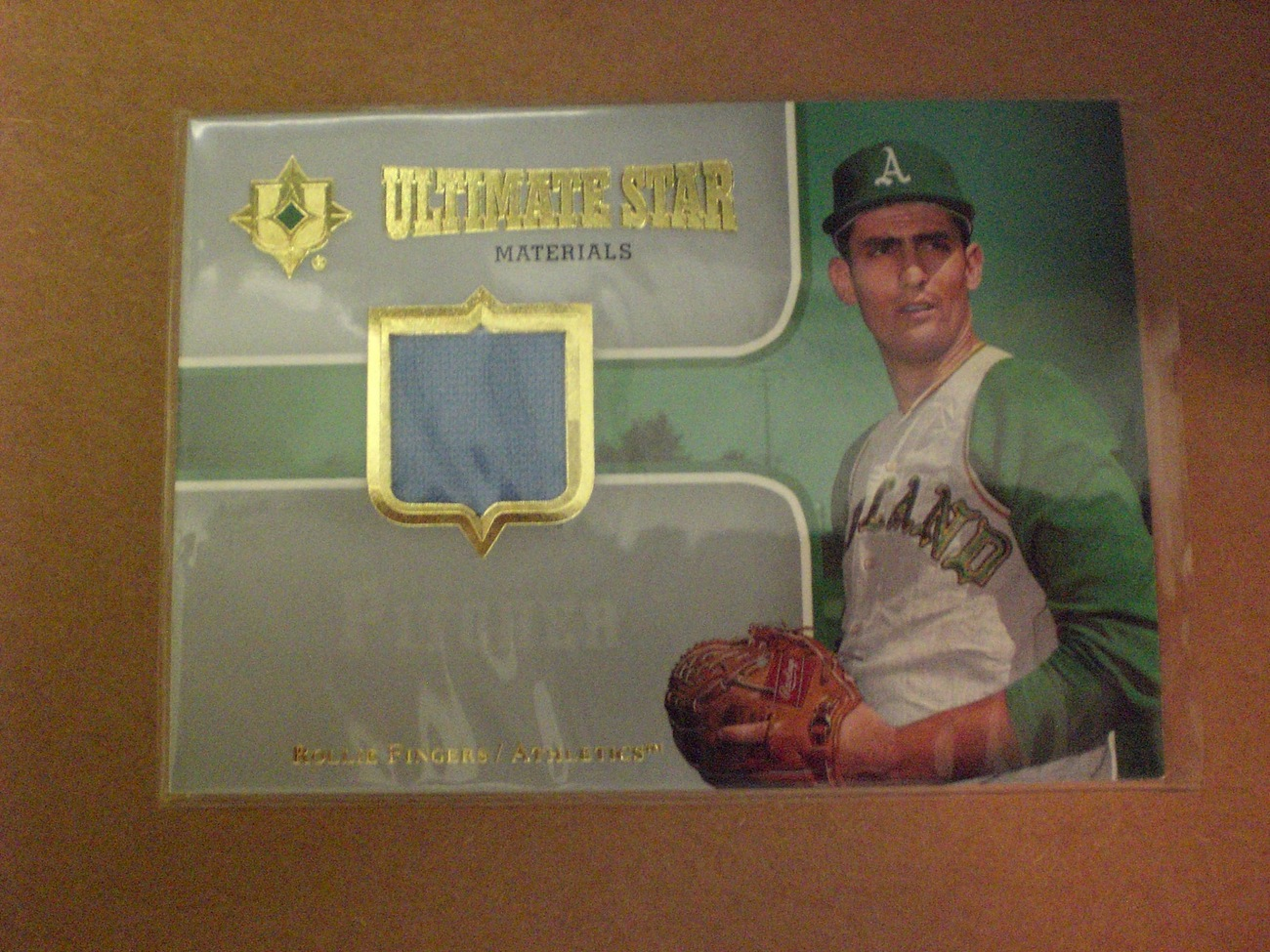 Rollie Fingers - 07 Ultimate Collection - Game Used Jersey Card