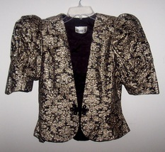 Gold_lace_poofy_sleeve_top_act_1_5_thumb200