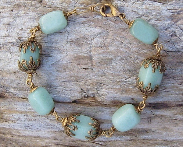 Antique_brass_and_amazonite_bead_bracelet1