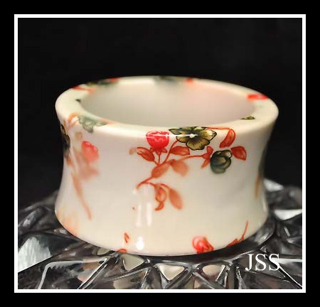 Cream Flower Lucite Bangle Bracelet