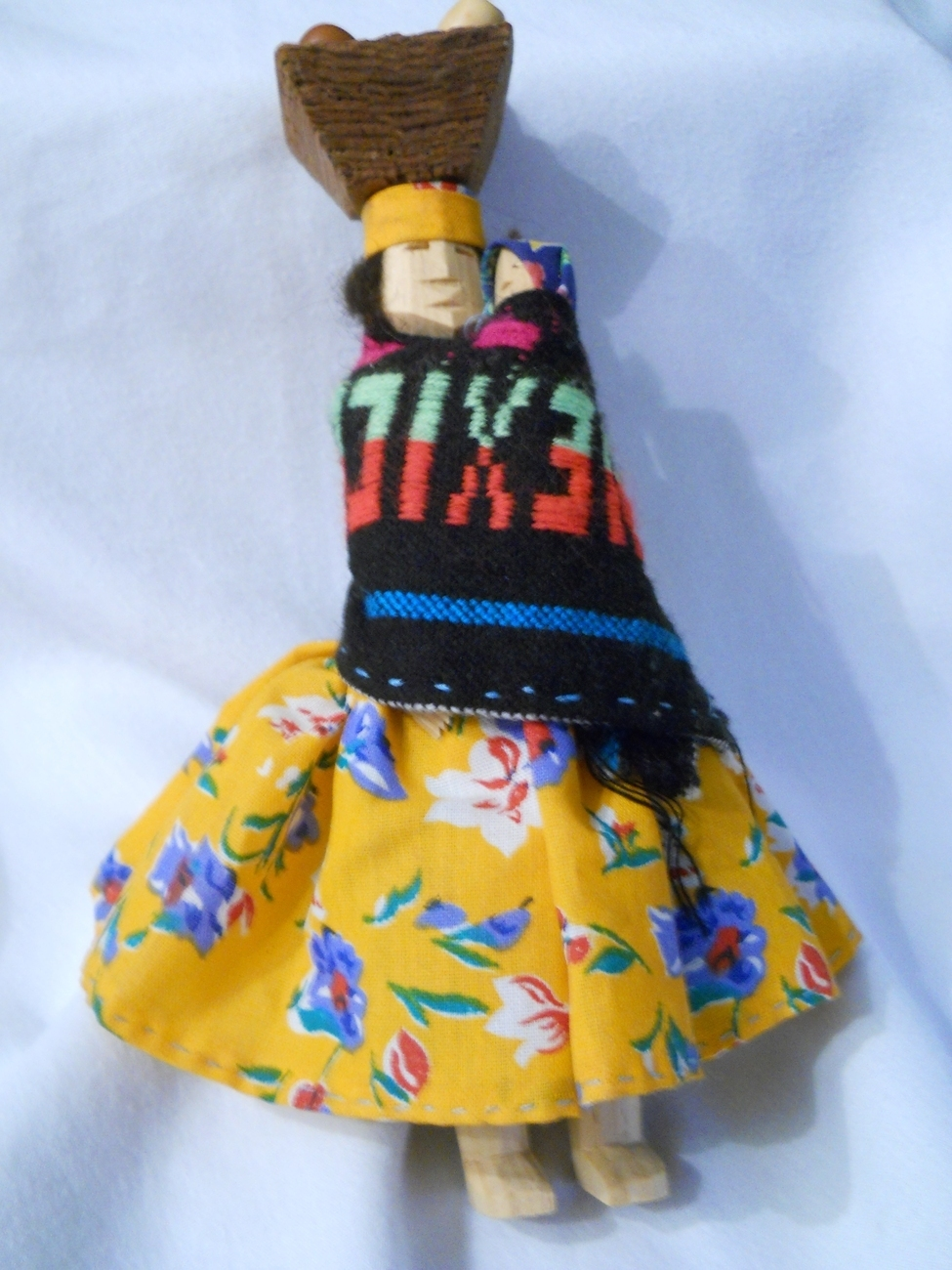 MEXICAN DOLL ~ MOTHER AND BABE ~ HANDMADE BY TARAHUMARA INDIANS IN COPPER CANYON