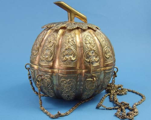 Vintage Chinese brass melon purse