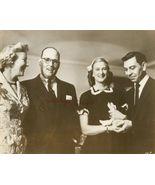 Jack WEBB Photo WEDS Vintage Publicity Press Photo - $12.99