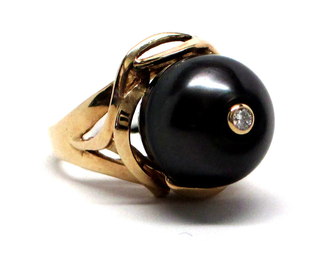 New Certified 14K Yellow Gold Ring with Black Tahitian Cultured Pearl & Diamond