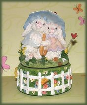 Music-box-bunnies-easter-parade-front_thumb200