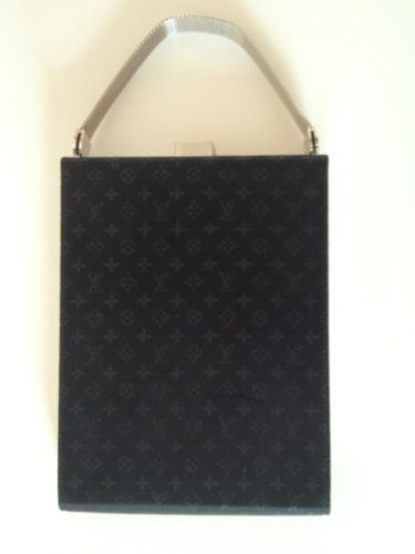 Louis Vuitton LV Ange Satin GM Noir Black Evening Clutch LIMITED EDITION