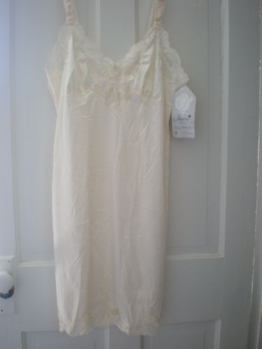 NWT Illusion Lace Beige Full Slip Size 36 NEW WITH TAGS