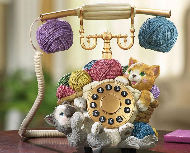 Kitten Novelty Telephone New  Really Works