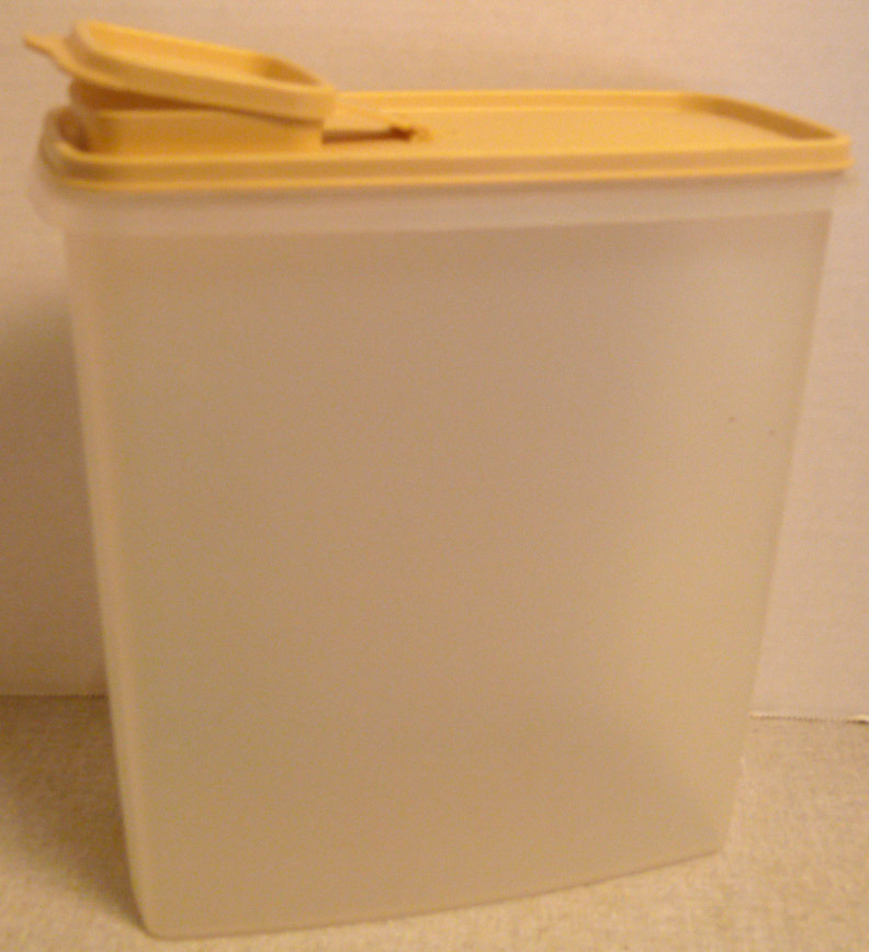 Tupperware Large Modular Mate Cereal Container Sheer Color with Harvest Gold Top