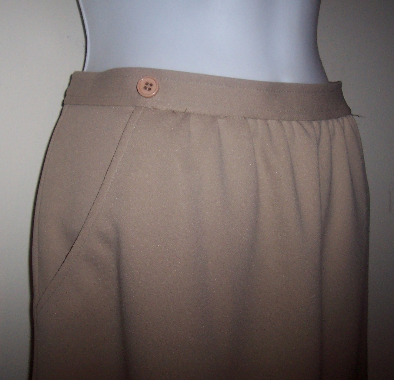 042310_givency_skirt_5