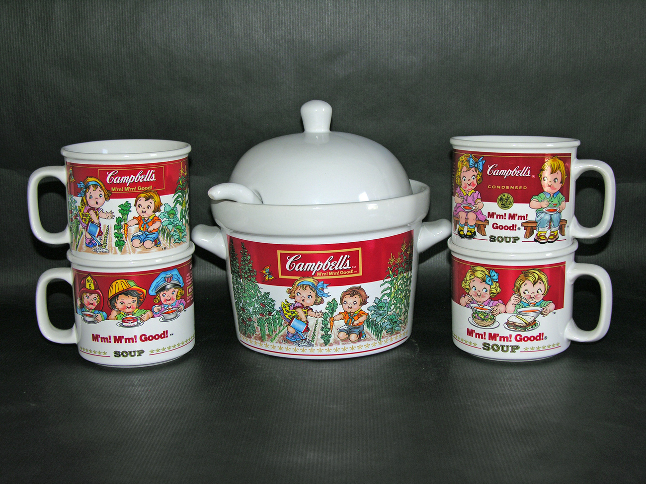 1993 Campbell's Soup Westwood 1.5 Quart Tureen with Ladle and 4 Mugs