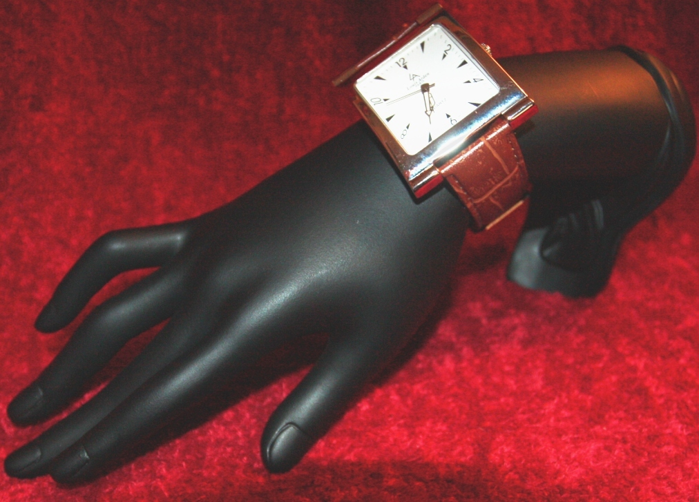 NEW & TRENDY BROWN LOUIS ARDEN GENUINE LEATHER BIG HUGE WATCH  (#86)
