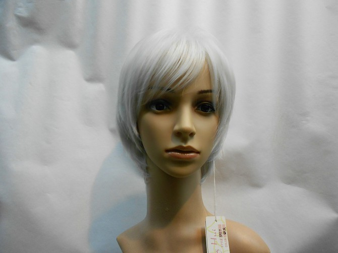 beautiful lady's short gray cosplay hair wig