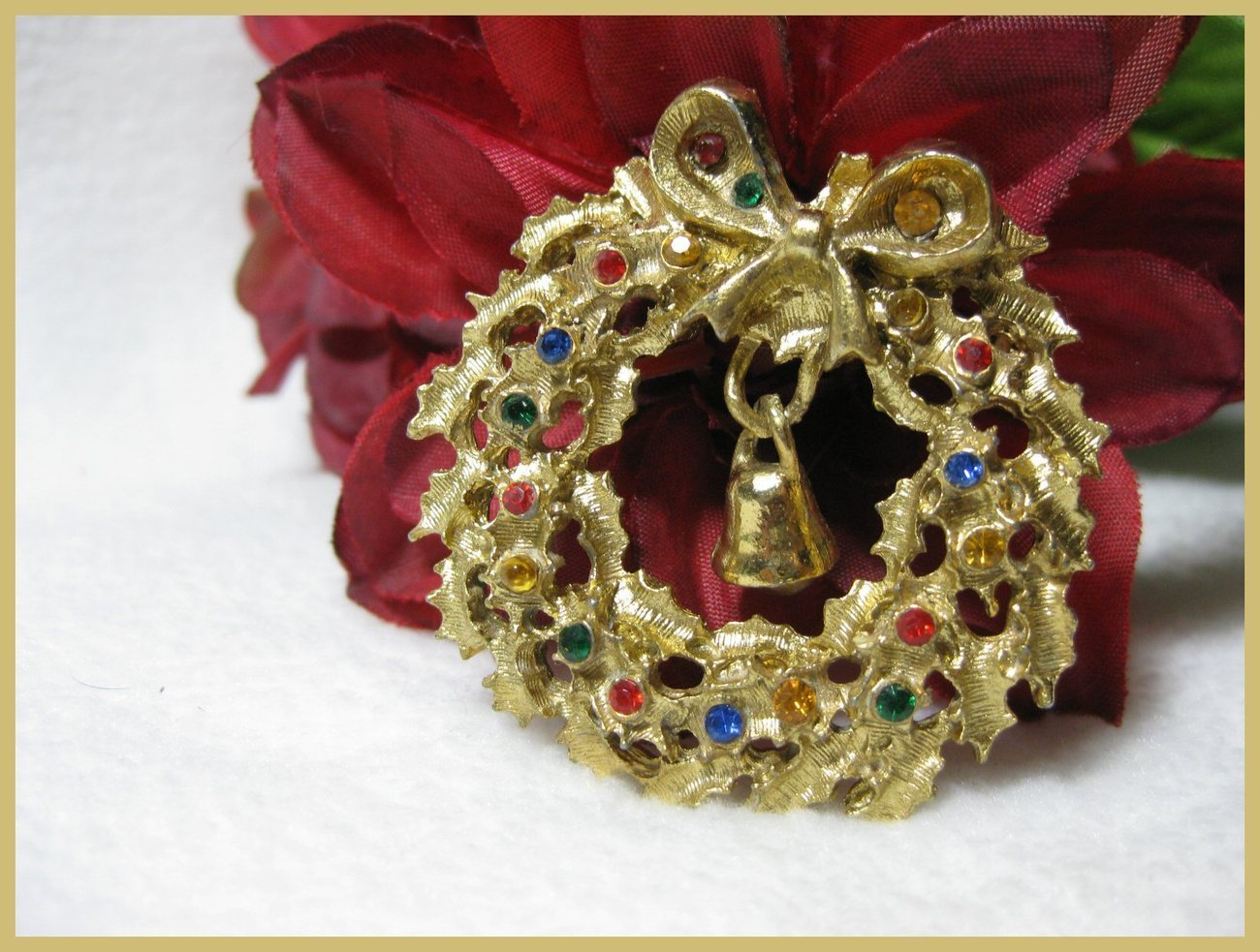 Rhinestone Christmas Wreath Brooch Signed Rafealian