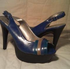 Multi Colored Qupid Platform Open Toe Slingback Shoe  Size 8 5 Free Ship