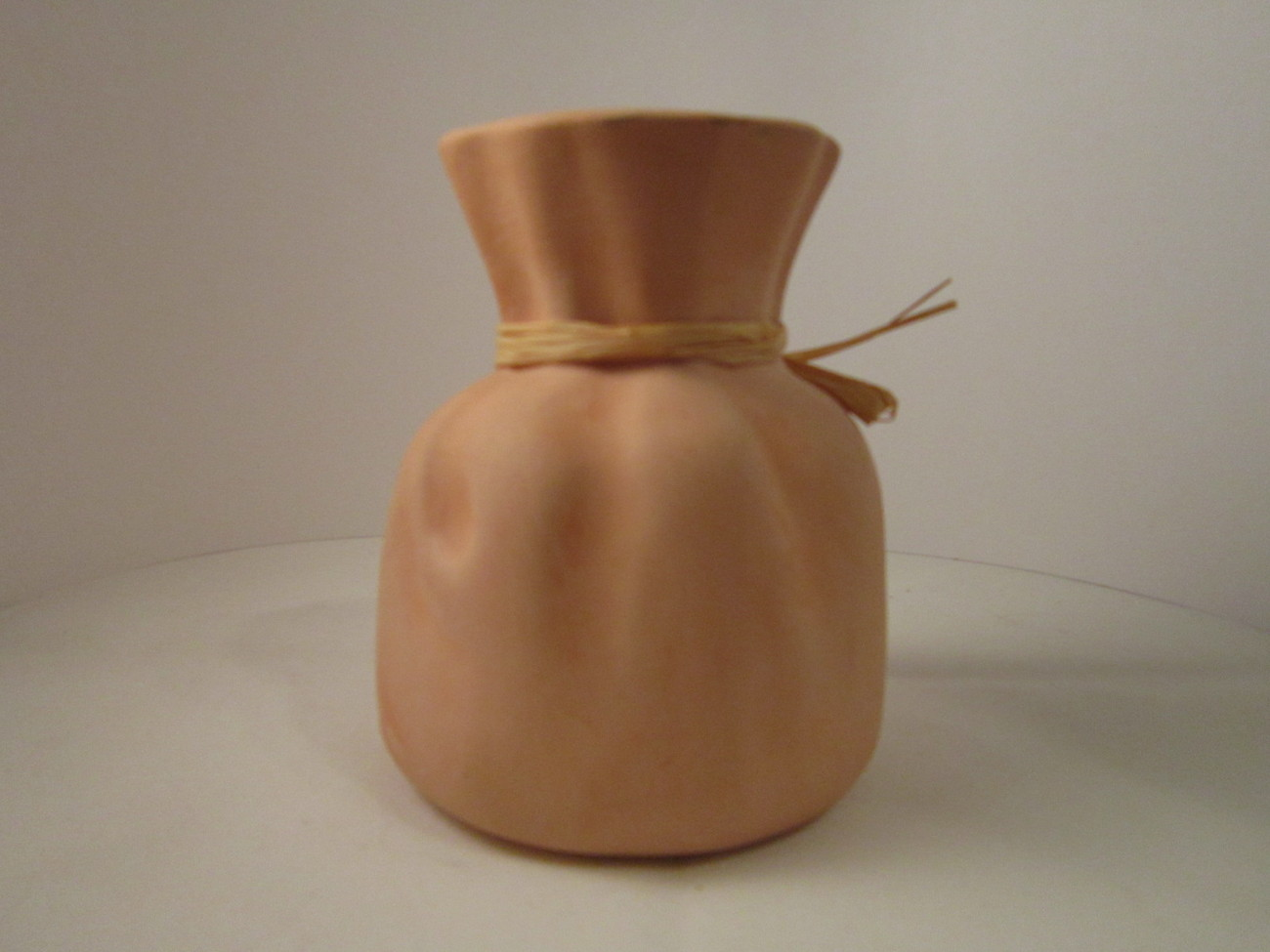 Vase_pink_clay_pottery_sack_02