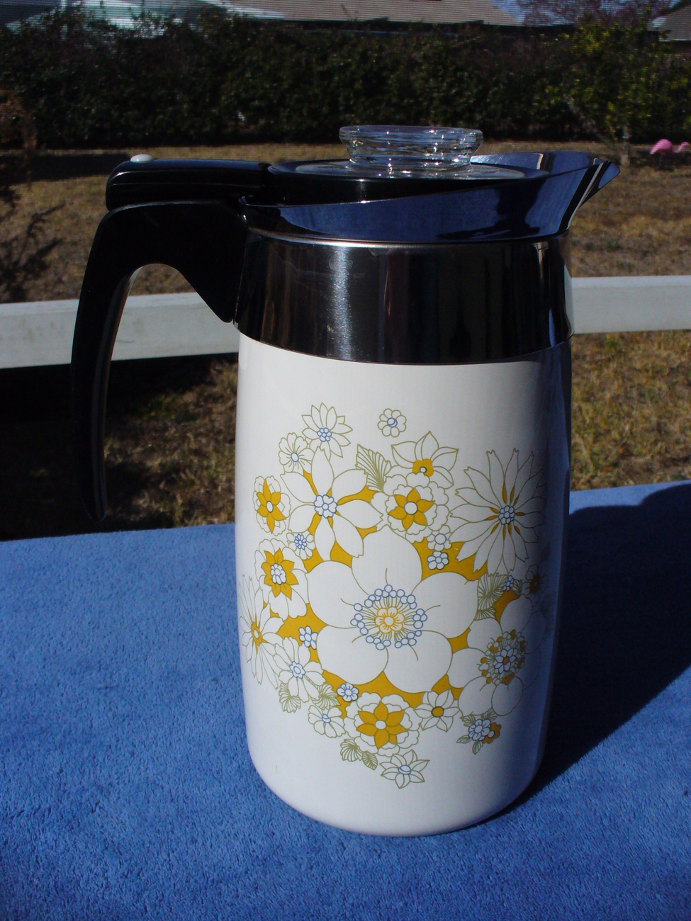 Electric Coffee Urn ~ Porcelain corning ware cup electric coffee pot