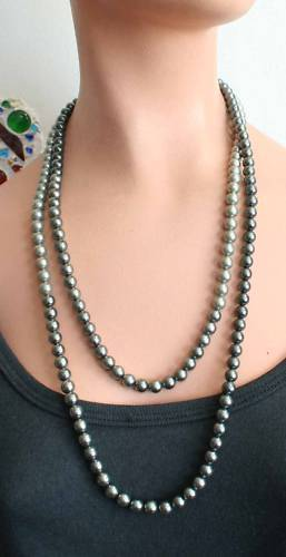 D 80s Art Moderne 3.5mm Black Pearl 10K Gold Necklace
