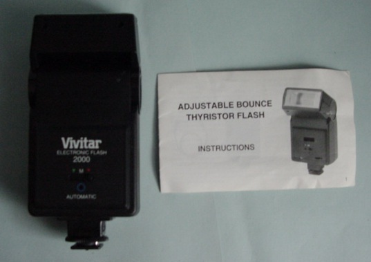 Vivitar Electronic Flash 2000 Adjustable bounce Thyristor flash