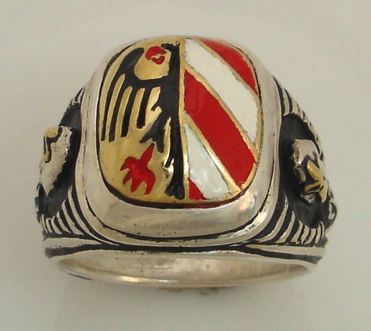 10 Karat Gold Nurnberg Eagle Teutonic Knights ring Sterling Silver Lge