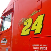 Jeff_gordon_hauler_thumb175