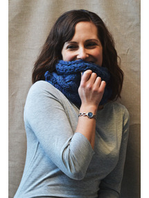 navy blue hand knit neck warmer