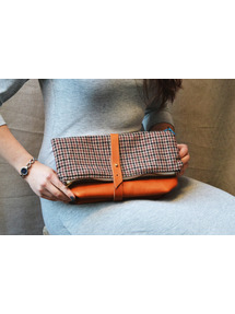 houndstooth flodover clutch