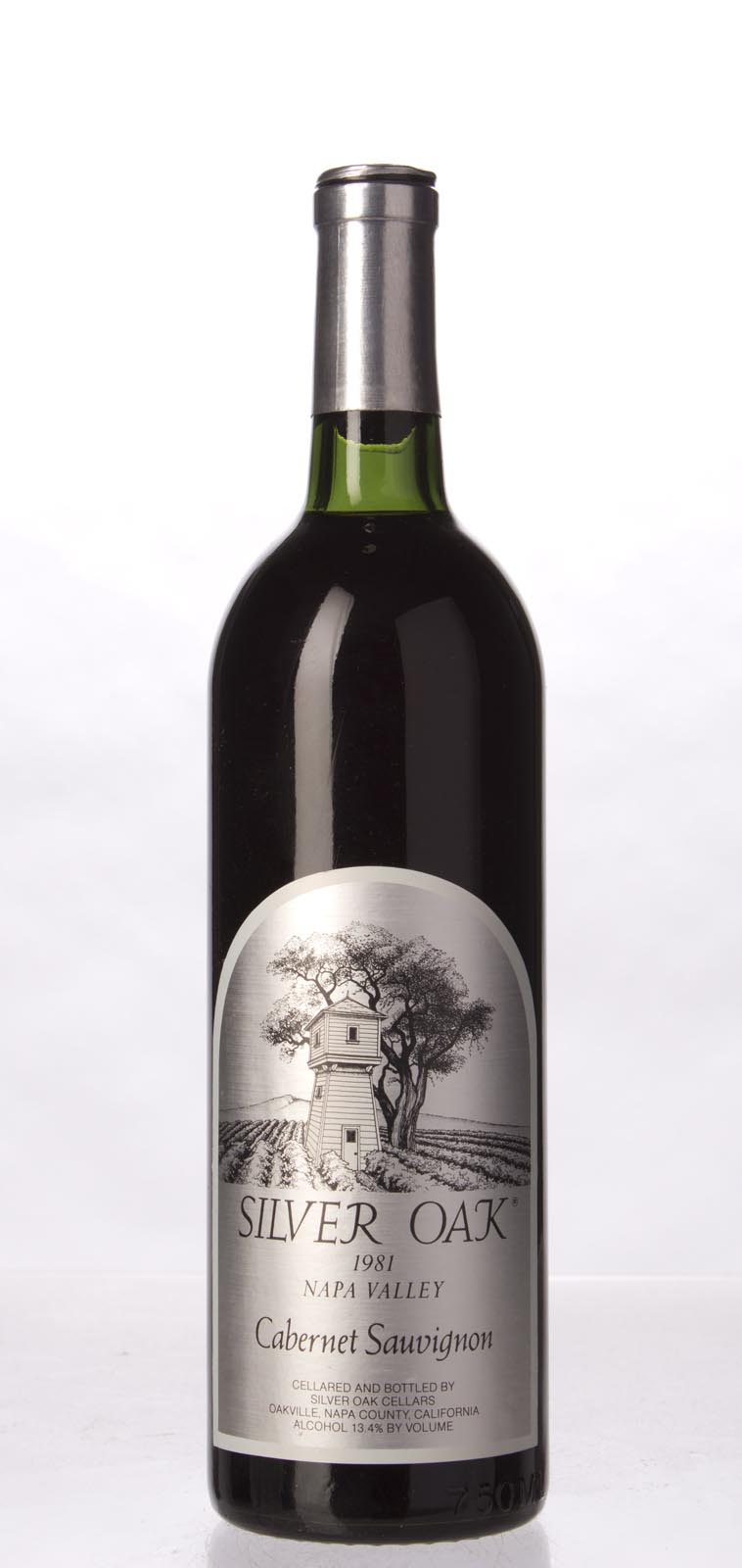 Silver Oak Cabernet Sauvignon Napa Valley 1981, 750mL () from The BPW - Merchants of rare and fine wines.