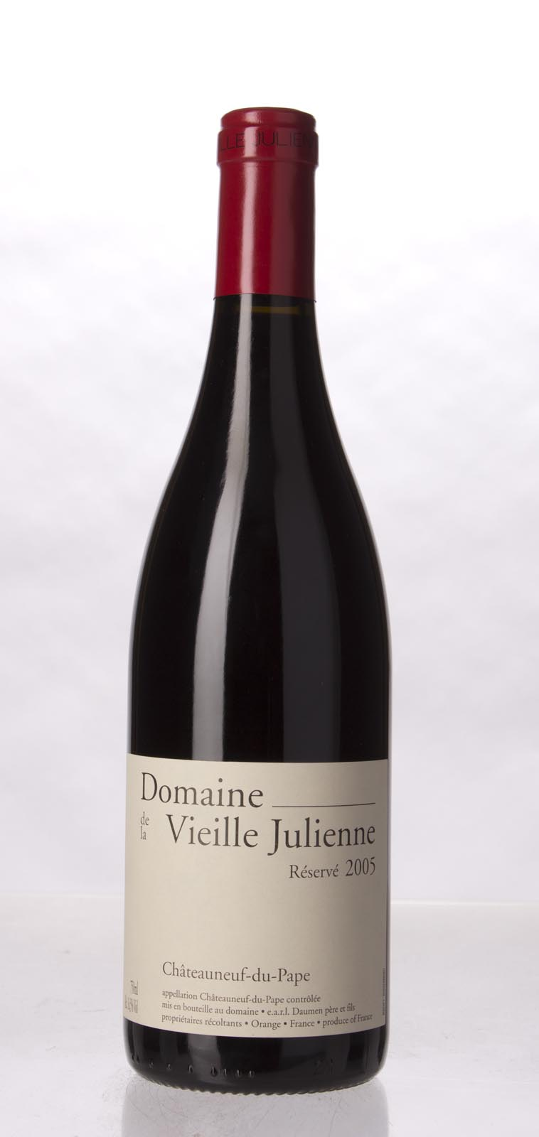Domaine de la Vieille Julienne Chateauneuf du Pape Cuvee Reservee 2005, 750mL (WA100) from The BPW - Merchants of rare and fine wines.