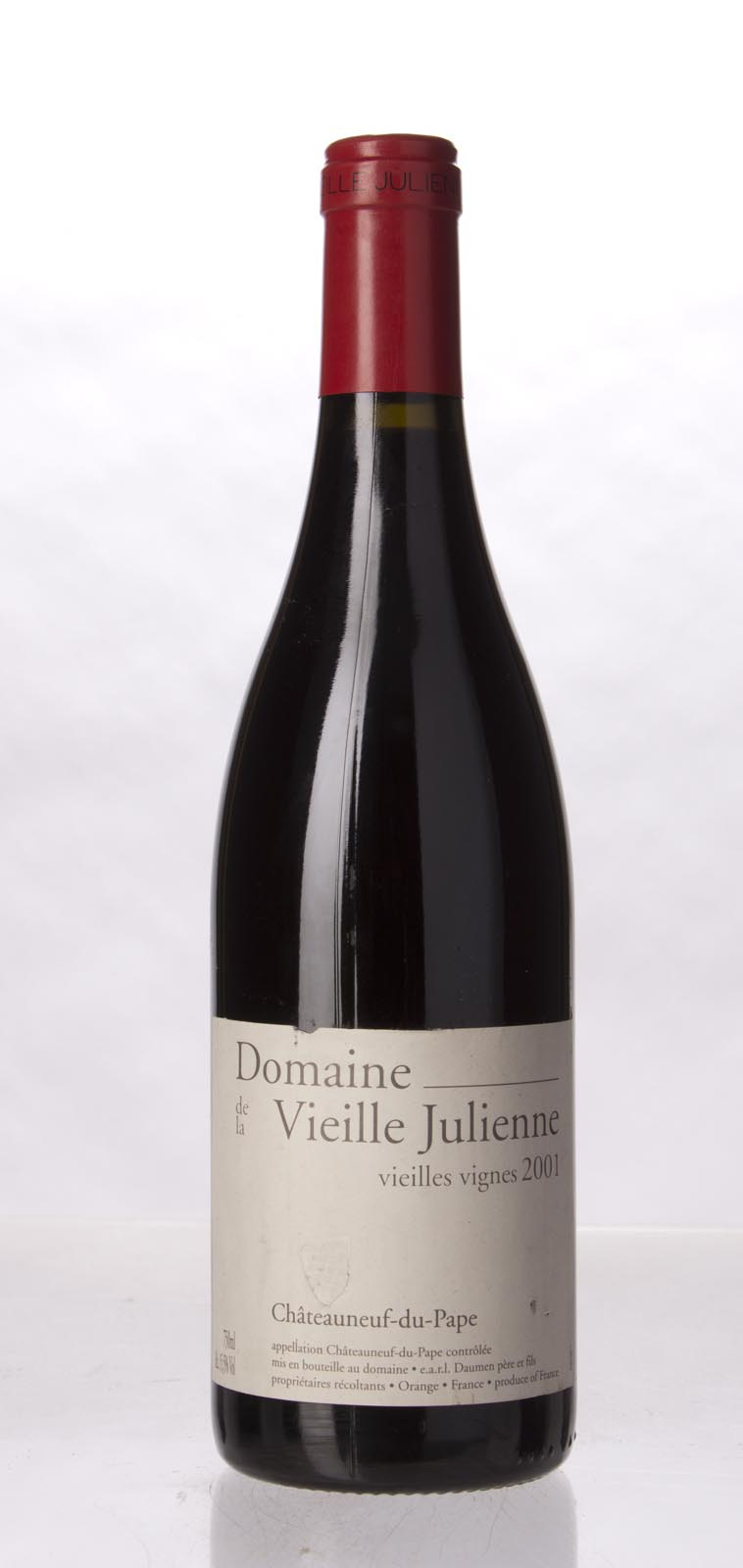 Domaine de la Vieille Julienne Chateauneuf du Pape Vieilles Vignes 2001, 750mL (WA96) from The BPW - Merchants of rare and fine wines.