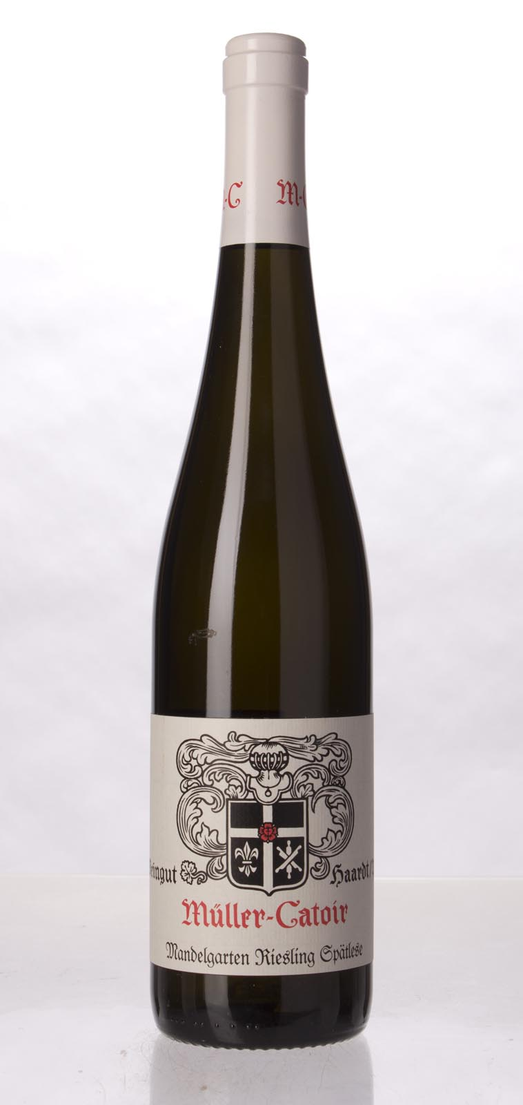 Muller Catoir Gimmeldinger Mandelgarten Riesling Spatlese 2010, 750mL () from The BPW - Merchants of rare and fine wines.