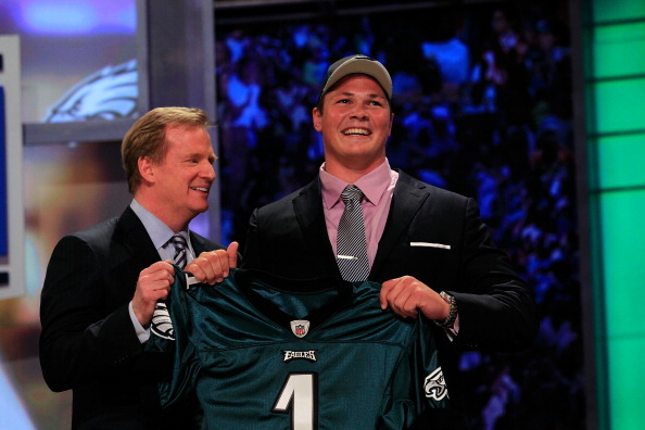 NEW YORK, NY - APRIL 28:  NFL Commissioner Roger Goodell (L) poses for a photo with Danny Watkins, #22 overall pick by the Philadelphia Eagles, on stage during the 2011 NFL Draft at Radio City Music Hall on April 28, 2011 in New York City.  (Photo by Chris Trotman/Getty Images)