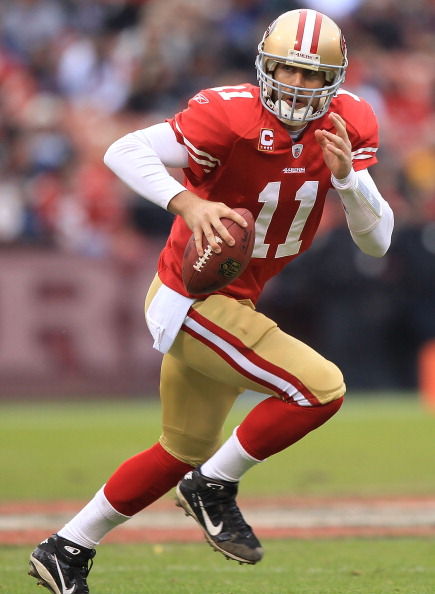 SAN FRANCISCO, CA - JANUARY 02:    Alex Smith #11 of the San Francisco 49ers runs against the Arizona Cardinals during an NFL game at Candlestick Park on January 2, 2011 in San Francisco, California.  (Photo by Jed Jacobsohn/Getty Images)
