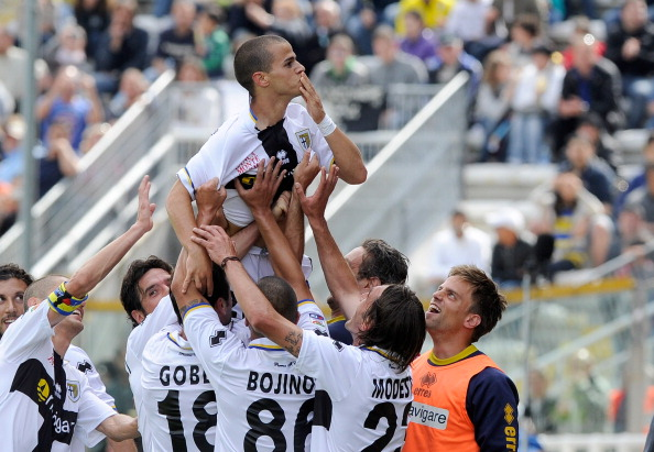 PARMA, ITALY - MAY 15:  Sebastian Giovinco of Parma FC celebrates scoring the first goal during the Serie A match between Parma FC and Juventus FC at Stadio Ennio Tardini on May 15, 2011 in Parma, Italy.  (Photo by Claudio Villa/Getty Images)