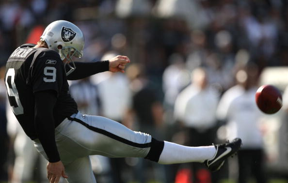 OAKLAND, CA - NOVEMBER 02: Shane Lechler #9 of the Oakland Raiders punts against the Atlanta Falcons during an NFL game on November 2, 2008 at the Oakland-Alameda County Coliseum in Oakland, California.  (Photo by Jed Jacobsohn/Getty Images)