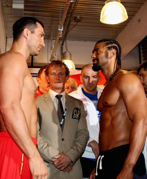 HAMBURG, GERMANY - JULY 01:  Wladimir Klitschko David Haye during the weigh in for their upcoming heavy weight title fight at Karstadt Sports shopping centre on July 1, 2011 in Hamburg, Germany.  (Photo by Scott Heavey/Getty Images)