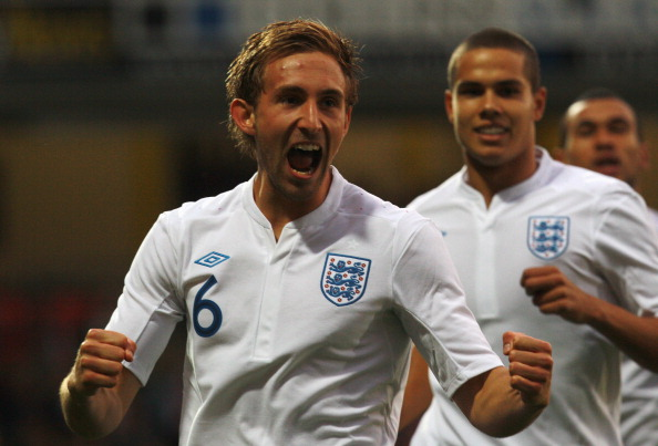LONDON, ENGLAND - SEPTEMBER 01:  Craig Dawson of England celebrates scoring the first goal for England during the UEFA European Under-21 Championship Qualifier Group 8 match between England and Azerbaijan at Vicarage Road on September 1, 2011 in London, England.  (Photo by Paul Gilham/Getty Images)