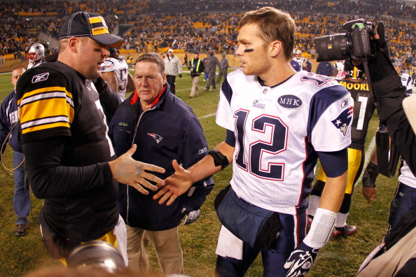 PITTSBURGH, PA - OCTOBER 30:  (L-R) Ben Roethlisberger #7 of the Pittsburgh Steelers shakes hands after the game with Tom Brady #12 of the New England Patriots at Heinz Field on October 30, 2011 in Pittsburgh, Pennsylvania.  (Photo by Gregory Shamus/Getty Images)