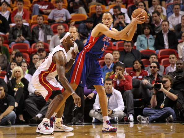 MIAMI, FL - JANUARY 28:  Tayshaun Prince #22 of of the Detroit Pistons posts up LeBron James #6 of the Miami Heat during a game at American Airlines Arena on January 28, 2011 in Miami, Florida. NOTE TO USER: User expressly acknowledges and agrees that, by downloading and/or using this Photograph, User is consenting to the terms and conditions of the Getty Images License Agreement.  (Photo by Mike Ehrmann/Getty Images)