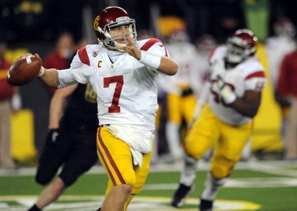 EUGENE, OR - NOVEMBER 19:  Quarterback Matt Barkley #7 of the USC Trojans throws a pass in the fourth quarter of the game against the Oregon Ducks at Autzen Stadium on November 19, 2011 in Eugene, Oregon. Barkley was 26 of 34 for 323 yards and 4 touchdowns as USC won the game 38-35. (Photo by Steve Dykes/Getty Images)
