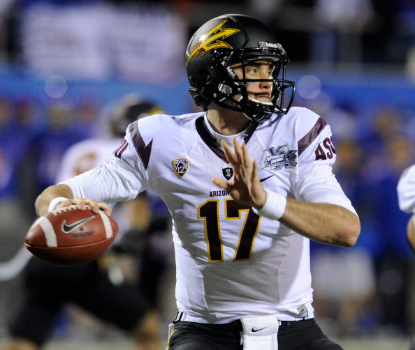 LAS VEGAS, NV - DECEMBER 22:  Brock Osweiler #17 of the Arizona State Sun Devils throws against the Boise State Broncos during the MAACO Bowl Las Vegas at Sam Boyd Stadium December 22, 2011 in Las Vegas, Nevada. Boise State won 56-24.  (Photo by Ethan Miller/Getty Images)
