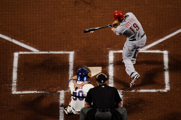NEW YORK, NY - SEPTEMBER 27:  Joey Votto #19 of the Cincinnati Reds bats against the New York Mets in the first inning of a game at Citi Field on September 27, 2011 in the Flushing neighborhood of the Queens borough of New York City.  (Photo by Patrick McDermott/Getty Images)