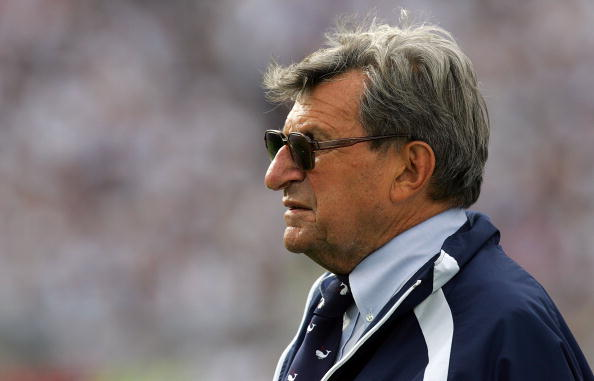 STATE COLLEGE, PA - SEPTEMBER 06:  Head coach Joe Paterno of the Penn State Nittany Lions during play against the Oregon State Beavers at Beaver Stadium on September 6, 2008 in State College, Pennsylvania.  (Photo by Ronald Martinez/Getty Images)