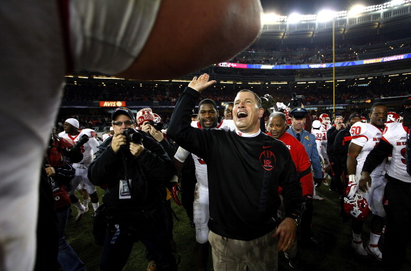NEW YORK - DECEMBER 30:  Rutgers Scarlet Knights head coach Greg Schiano celebrates a win over the Iowa State Cyclones in the New Era Pinstripe Bowl at Yankee Stadium on December 30, 2011 in the Bronx Borough of New York City.  (Photo by Jeff Zelevansky/Getty Images)