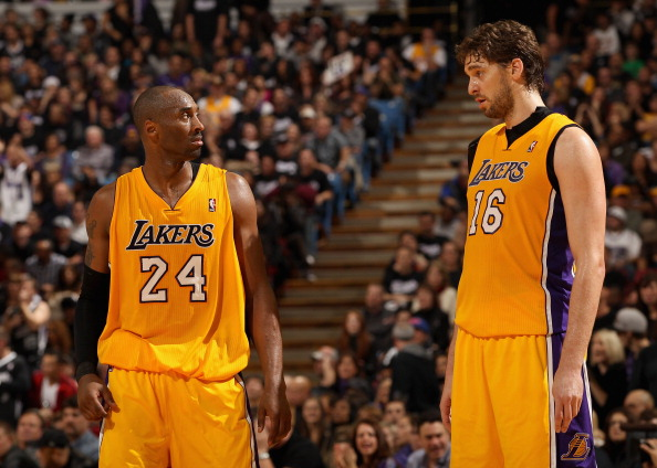 SACRAMENTO, CA - DECEMBER 26:  Kobe Bryant #24 talks to Pau Gasol #16 of the Los Angeles Lakers during their game against the Sacramento Kings at Power Balance Pavilion on December 26, 2011 in Sacramento, California.  NOTE TO USER: User expressly acknowledges and agrees that, by downloading and or using this photograph, User is consenting to the terms and conditions of the Getty Images License Agreement.  (Photo by Ezra Shaw/Getty Images)